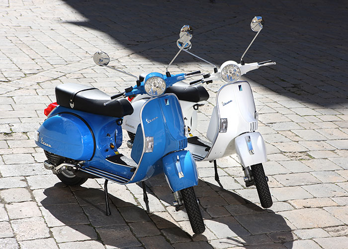 A pair of 2013 geared, 2-stroke Vespa PX150E. This model is the most successful scooter Piaggio produced. Image courtesy of www.fercomotor.com.tr